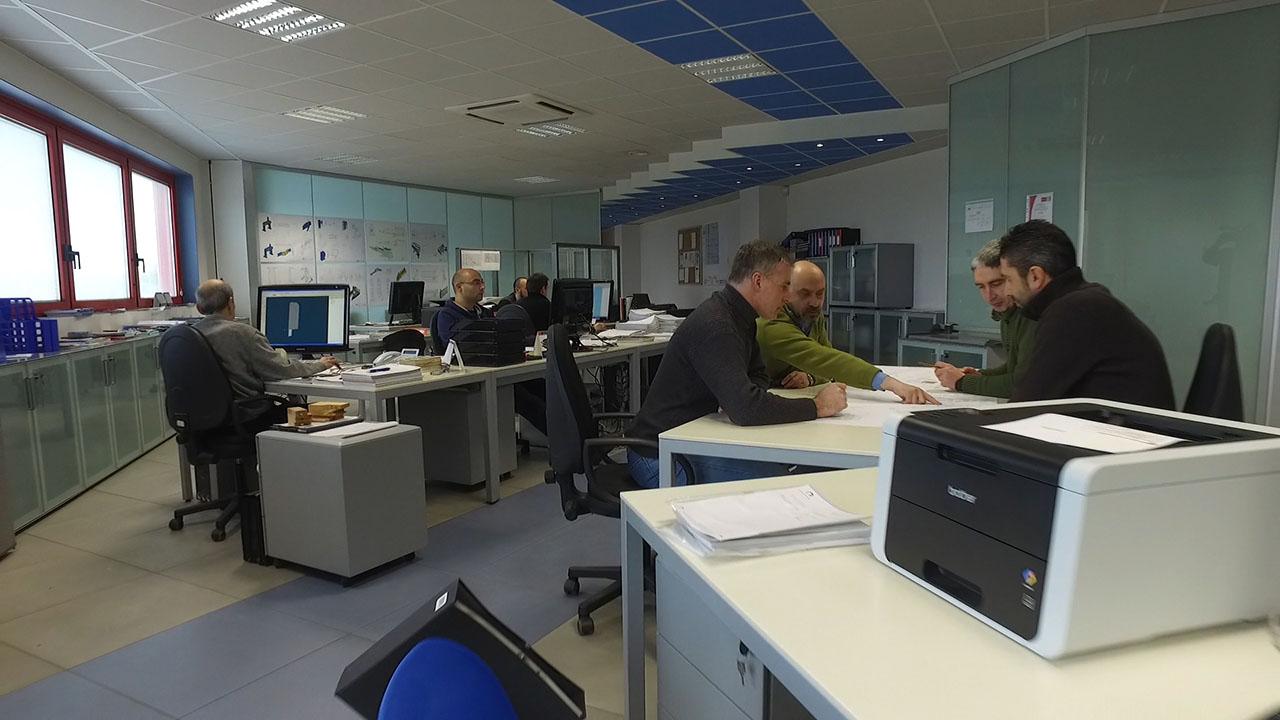 In Ufficio Tecnico : Chi siamo u cml innovazioni ufficio tecnico di progettazione